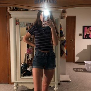 High-waisted Levi shorts